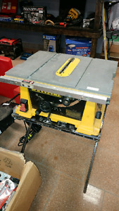 Dewalt Table Saw w Stand (needs fence)