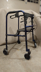 INVACARE 65100 Walker