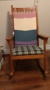 Urgent-For Sale-3 Piece sofa set and rocking chair