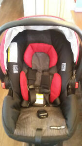 Graco Click Connect Car Seat and Base
