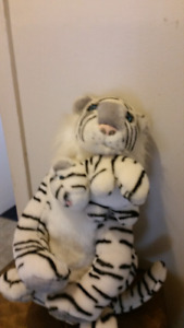 Stuffed tiger with baby