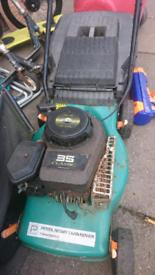 £25 petrol lawnmower full working just needs spark plug