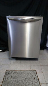 LAVE VAISSELLE STAINLESS FRIGIDAIRE GALLERY DISHWASHER