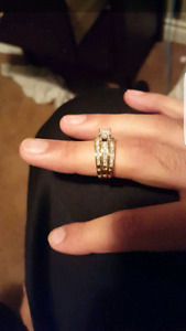 VVS2 Wedding Ring and Bands SET SELLING FOR A STEAL OF A DEAL