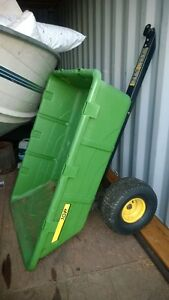 John Deere Poly Cart 10 cu ft