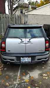 2009 MINI Clubman Snow tires included London Ontario image 3