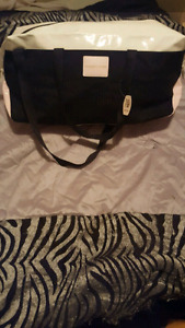 Victoria secret getaway bag