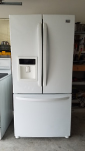 "Refrigerator LG 33"" x 69"" good working condition"
