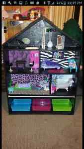 Monster High House Peterborough Peterborough Area image 1