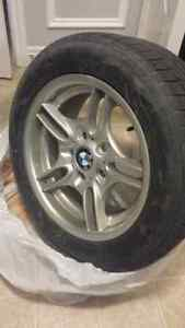 SET OF 4 BMW RIMS AND TIRES Oakville / Halton Region Toronto (GTA) image 1