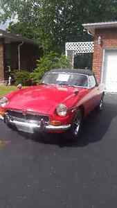 1973 MGB Roadster Covertible