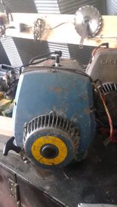 Hirth 493cc snowmobile engine