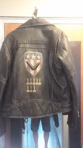 harley davidson jacket in mint shape $125 Large