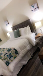 wl Need a Hotel room in Edmonton? Stay with us from$ 50