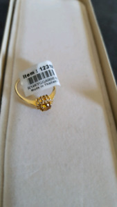 NEW   14k Gold Ring ideal for gift giving