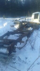 1988--1998 chevy/gmc parts lots text 889 0897