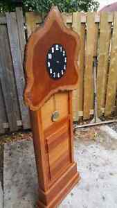 Live Edge  handcarved saw Clock Kitchener / Waterloo Kitchener Area image 2
