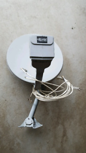 TELUS/ Bell Satellite Dish w/Multi-dish Switch