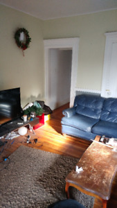 Sublet College & Bathurst, Feb -March 1 Bedroom
