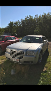 Chrysler 300 Base 2007 Licensed and Inspected!