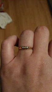 3 pearl gold ring
