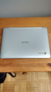Mint Asus Chromebook flip (one month old)