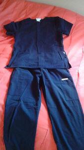 Uniforme bleu marine