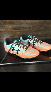 Under Armour soccer/softball cleats