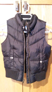 Black Old Navy vest, small (4-5)