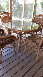 WICKER AND GLASS DINING SET