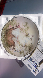 Decorative painted plate