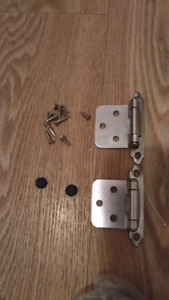NEW Kitchen Cabinet Hinges x 50 and Handles x 20