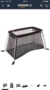 IN SEARCH OF travel/portable crib