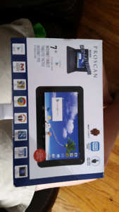 Used tablet an keyboard an case