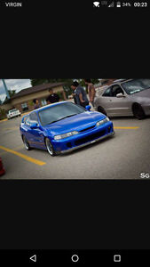 LOOKING for Acura Integra GSR Coupe (2 door)