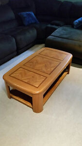 Palliser coffee table and 2 end tables