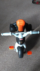 Fisher Price tricycle - BRAND NEW - NEVER USED - V can DELIVER