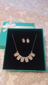 Necklace set for sale