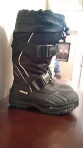 Baffin Winter Boots - Size 7