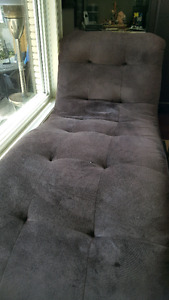 Modern, Comfortable Chaise Lounge