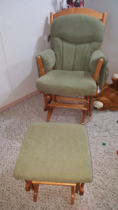 Comfy strong rocking chair $150