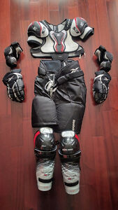 Jr Hockey Equip: Pants, Shoulder / Elbow / Shin Pads, and Gloves