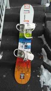 Mens Burton snowboard w/bindings & bag