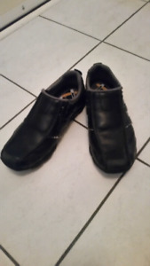 Black Sketchers size 7