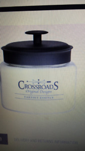 Crossroads Original designs Earthly Essence Candle