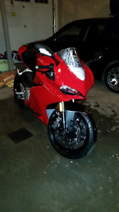 Ducati 959 Panigale Red Mint