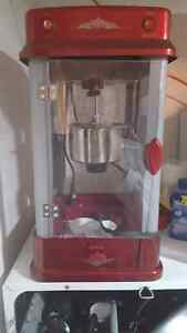 Homestyle theater kettle popcorn maker  (obo)