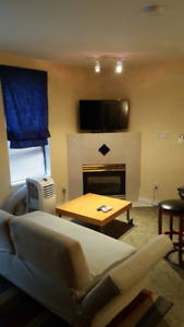 $1845/ 1br - The Pinnacle @ 939 Homer Street - Downtown Studio