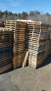 Standard shipping pallets 40 x 48 for race