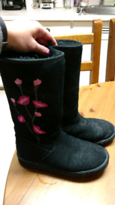 Authentic sheerling lined Ugg boots!